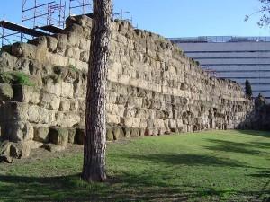 800px-Servian_Wall