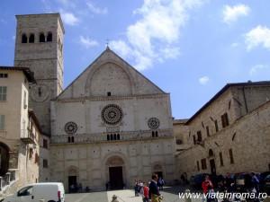 catedrala san rufino assisi