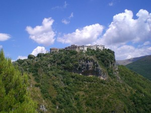 sate medievale italia