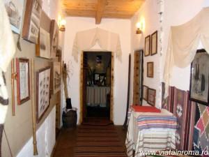 muzeul etnografic paltin